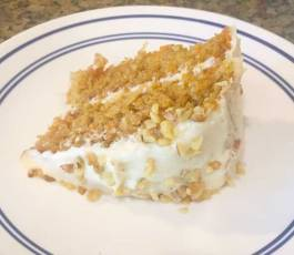 carrotcakeonplate1